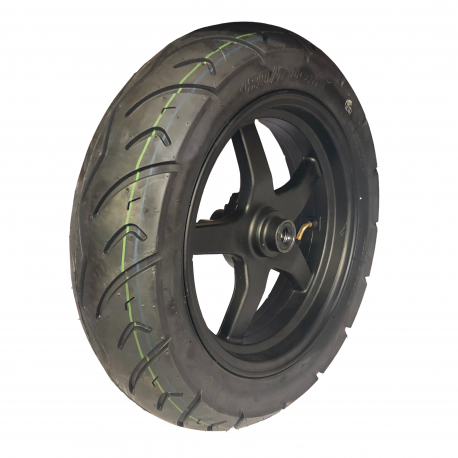 Front tire 130/70-12 with rim
