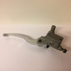Oil pump with brake lever