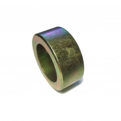 Spacer for rear axle